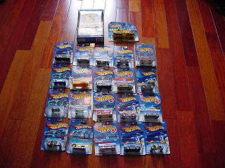MIXED Lot of 22 HOT WHEELS TOYS CARS TRUCKS VEHICLES GO CARS NEW in