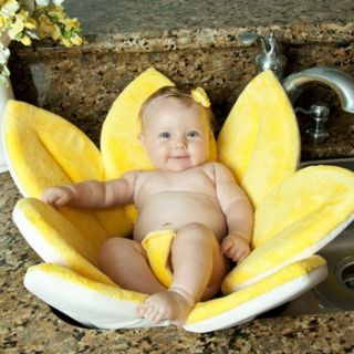 Features of Blooming Bath Baby Bath   Canary Yellow