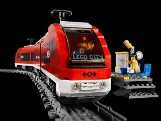 Lego City 7938 Passenger Train   Brand New Factory Sealed Box
