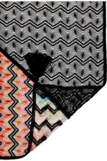 Missoni Crochet knit zigzag scarf   60% Off