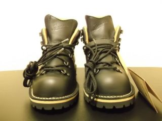 New Danner Boots Mountain Trail Holladay US Size 9