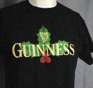 Guinness Beer Merry Christmas Holly & Berries Holiday T Shirt Medium