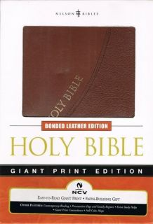 Holy Bible Giant Print New Century Version (9780718019129