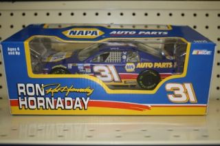 Ron Hornaday 31 Napa Auto Parts Action 1 24