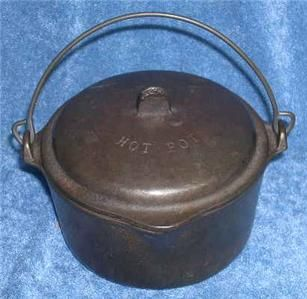 1930s Wagner Ware 0 A Cast Iron Hot Pot Mini Child Size w Lid