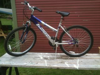 Womens Huffy 18 Speed Mountain Bike Used Exc Cond clean no rust at all