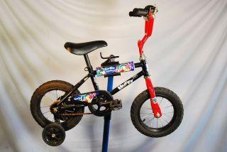 Huffy Tiny Toon Adventures Kids 12 Kids Bike Bicycle with Training