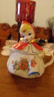 Hull Pottery RARE Little Red Riding Hood Teapot