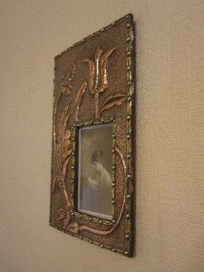 & CRAFTS HAND HAMMERED COPPER AND BRASS WALL HUNG PHOTOGRAPH FRAME