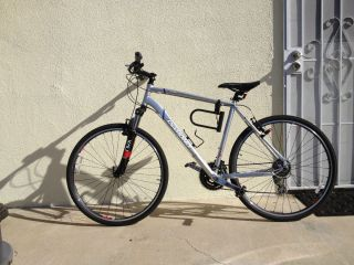 Mens Diamondback Hybrid Bike Trace 2011