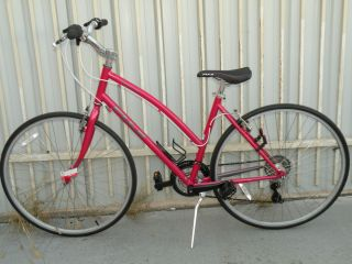 Absolute 5 0 St Dark Pink Womens Hybrid Bike 21 Speed Shimano
