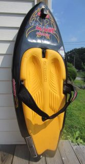 Magic Kneeboard w Retractable Fin System Original Swallow Tail Pad