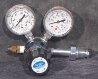 200 PSI Max Outlet 4000 PSI Max Inlet Gas Pressure Regulator