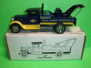 Sunoco 1931 International Tow Truck Wrecker 1994 Ertl New