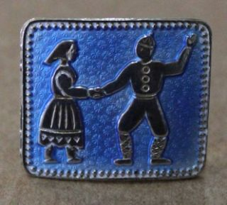 VINTAGE IVAR T. HOLTH NORWAY STERLING SILVER ENAMEL PIN WITH DANCING