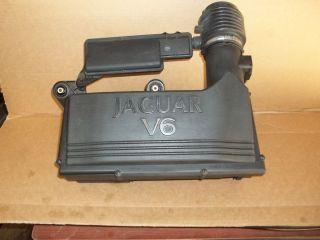 02 08 Jaguar x Type Air Cleaner Intake Box Assembly w Mass Air Flow