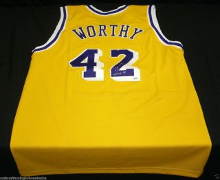 James Worthy Signed Los Angeles Lakers Custom Jersey NBA Top 50 PSA