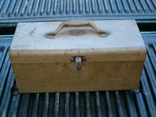 Vintage Simonsen Metal Products Co Niki Tackle Tool Box