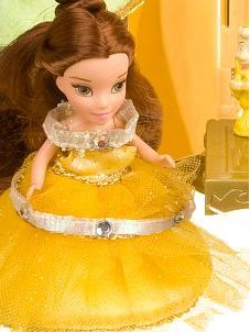 Disney Princess Belle Snow White Aurora Doll s Portable Cottage Castle
