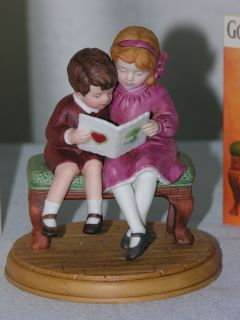 Avon 1986 Jessie Willcox Smith Collection Figurine Be Mine, Valentine