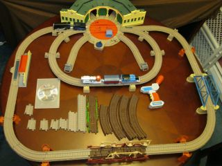 Trackmaster RC Thomas Tidmouth Sheds Jet Engine Shake Bridge Motorized