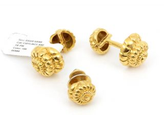 David Webb 18K Gold Authentic Vintage Cufflinks Sea Shell Tie Pin