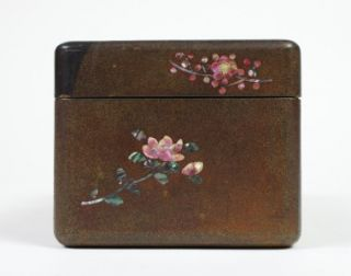 Japanese Beautiful Antique Lacquer Wooden Jewelry Box w Abalone Inlaid