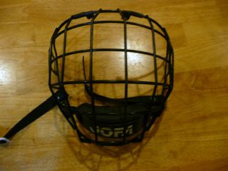 Jofa Ice Hockey Helmet Mask with Chinstrap Good Condtion Junior