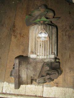 John Deere 140 Hydro Pump