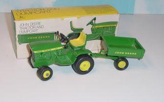 1 16 John Deere 140 L G Tractor w Cart w Box