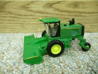 1 64 Ertl John Deere R450 Windrower w Head Farm Toy