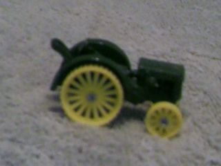 1923 John Deere Model D Tractor with Original Box Ertl Company No 563