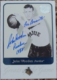 JOHN WOODEN Signed 2001 Greats Of The Game Card UCLA BRUINS