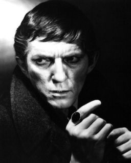 Dark Shadows Jonathan Frid 11x14 Photo