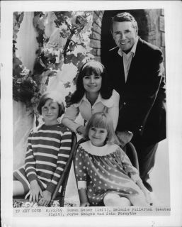 1969 Susan Neher Melanie Fullerton Joyce Menges John Forsythe Press Photo