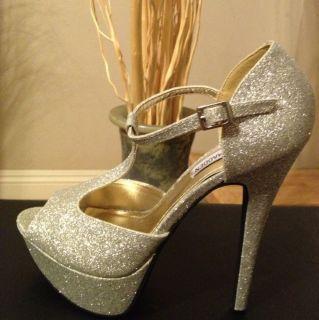 Steve Madden Silver Glitter Platform Dress Shoes T Strap