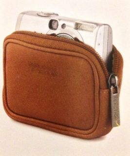 Kenneth ColeKenneth Cole Reaction R Tech Wallet Leather Case in Tan