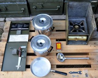 Swedish military kerosene stove OPTIMUS with cooking accessories