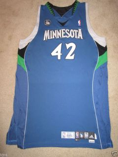 Kevin Love #42 Minnesota Timberwolves NBA Game Worn Rookie Year Used