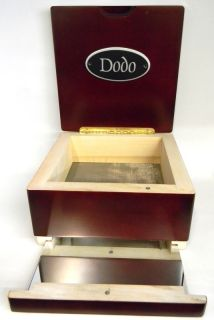 Pollen Dodo Shaker Sifter Kief Box 7 x 7 x 4 with A Mirror Tray