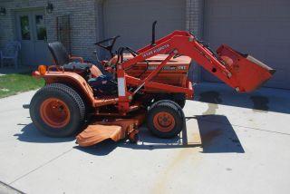Kubota B7300 HST Tractor Loader Mower