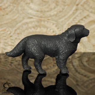 LABRADOR RETRIEVER Dog Carving Black Arang Wood Miniature Sculpture