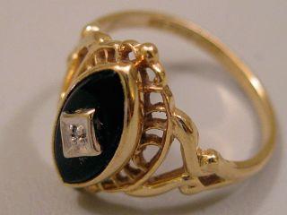 10K Yellow Gold Black Onyx Ladies Ring