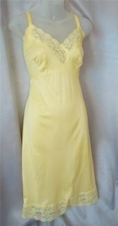 Pretty Lacy Lemon Yellow Vintage 60s Nylon Full Slip Sz 38