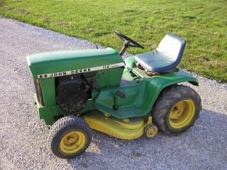 John Deere 112 riding lawn tractor mower variable speed electric lift