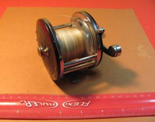 W32 Vintage Lawrence Bait Casting Fishing Reel