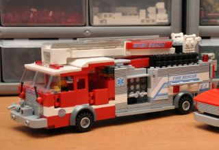 Custom Lego City Fire Engine Train 7848 Miami Rescue Truck