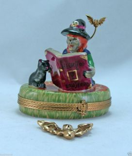 LIMOGES BOX HALLOWEEN WITCH W BLACK CAT MAGIC BOOK BAT FRENCH TRINKET
