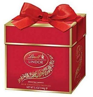Lindt LINDOR Truffles Holiday Token Gift Box, Milk Chocolate, 12