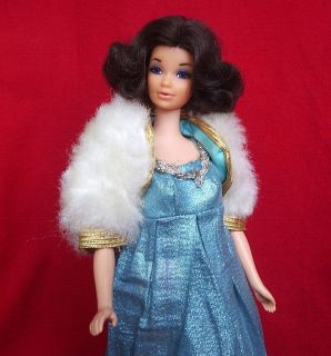 Vinage Mod Walk Lively Miss America Walking Barbie Doll w Blue